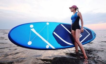 Paddle gonflable: une activité pour les débutants